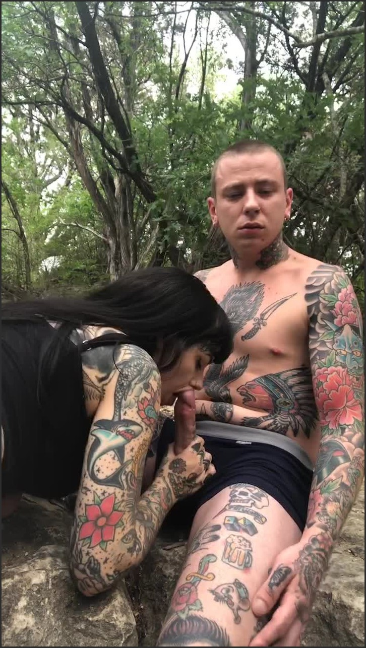 [SD] Tigerlillysuicide Public Fuck Amp Suck In The Woods TigerLillySuicide - ManyVids-00:13:17   Outdoor Public Blowjobs,Outdoors,Public Nudity,Public Outdoor,Tattoos - 504,8 MB