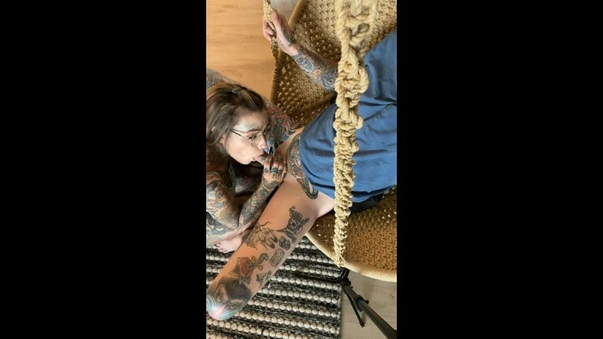 [SD] Tigerlillysuicide Quickie On A Swing TigerLillySuicide - ManyVids-00:03:29   Cowgirl,Cream Pie,Oral Servitude,Real Couple,Tattoos - 358,5 MB