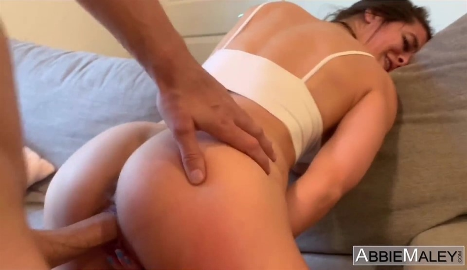 [HD] Abbie Maley Aka Wednesday Parker - Does My Pussy Distract You Mix - SiteRip-00:27:33   All Sex, Teen, Hardcore, Gonzo - 1 GB