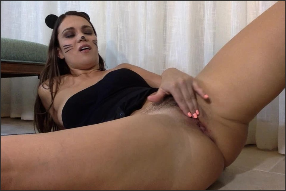 [HD] Alyssa Reece Big Squirting And Almost Fisting 720P Alyssa Reece - ManyVids-00:15:11 | Size - 853,4 MB