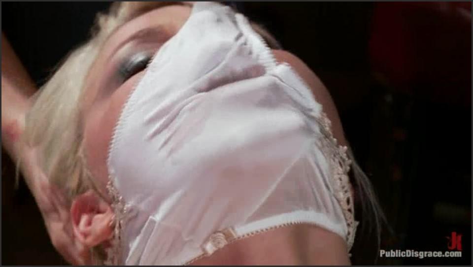 [SD] Anikka Albright. Smoking Hot Blonde Is Fucked In Public Bar Anikka Albright - SiteRip-01:07:59   Domination, Hardcore, Public, BDSM - 490,4 MB