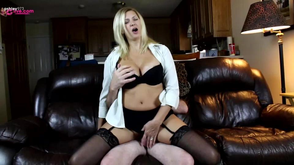 [HD] Ashleymason973 Loser Ex Boy Friend Ashleymason973 - ManyVids-00:17:11   Big Tits, Blonde, Cuckolding, Facials, Sissy Training - 392,6 MB