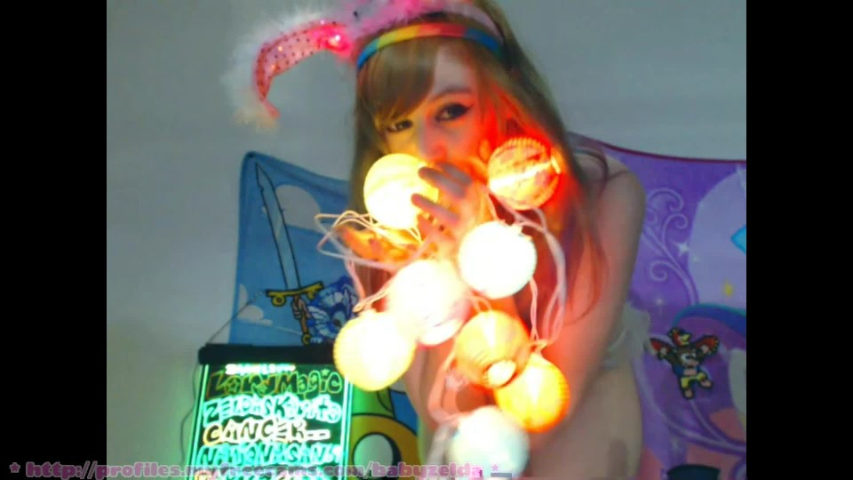 [Full HD] Babyzelda Clumsy Glow In The Dark Bunny Egg Dance BabyZelda - ManyVids-00:05:58 | Asian Princess, Cosplay, Dancing, Strip Tease, White Booty - 298 MB
