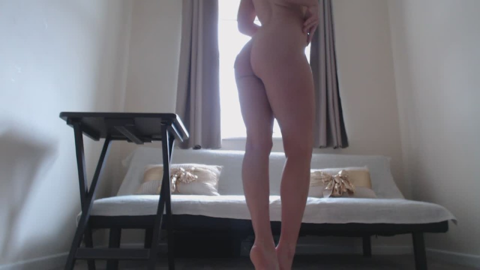 [HD] Bellaboox Stripped Bare Hd BellaBooX - ManyVids-00:10:14 | Ass Spreading, Pussy Spreading, Pussy Control, Feet JOI, Dirty Feet - 227,4 MB