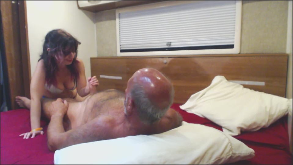 [Full HD] Bethany Rose Old And Young Bethany Rose - ManyVids-00:06:10 | Blow Jobs, Nudity/Naked, Old &Amp;Amp; Young, Older Man / Younger Women, Sex Position - 92,9 MB