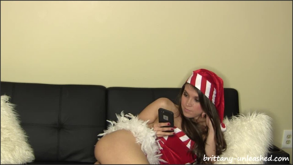 [HD] Brittany Marie - Naughty Boy List Brittany Marie - ManyVids-00:06:17 | Size - 371,4 MB