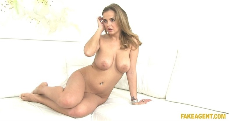 [Full HD] Candy Alexa - Hot Chick Looking For Model Job Candy Alexa - SiteRip-00:36:11 | All Sex, Gonzo, Hardcore, Big Tits, Casting, POV, BJ - 1,6 GB