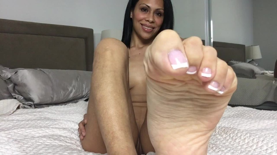 [HD] Cassandracruz Naked French Pedicure Cassandracruz - ManyVids-00:07:18   Foot Fetish, Foot Play, Toe Pointing, Long Toes, Pointed Toes - 635,9 MB