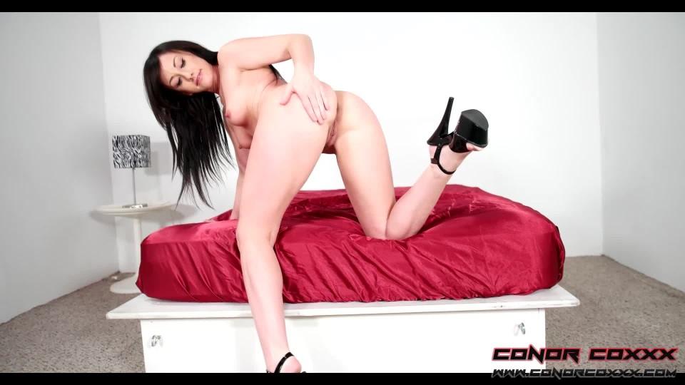 [Full HD] Conor Coxxx Jennifer White Pov Strip Tease Fun Conor Coxxx - ManyVids-00:05:14   Strip Tease, Striptease, POV, High Heels, Bra &Amp;Amp; Panties - 428,3 MB
