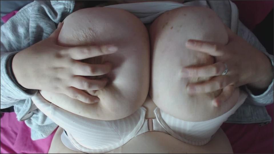 [Full HD] Daytonahale Jerk Off To My Tits While I Play Wthem DaytonaHale - Manyvids-00:07:26 | Size - 218,5 MB