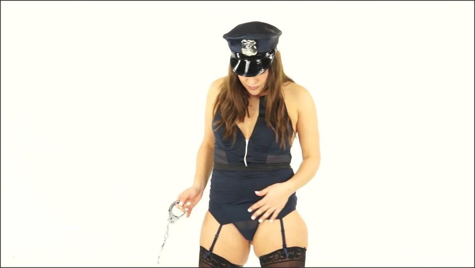 [Full HD] Goddess Alyssa Reece Cop Makes U Jerk Off For Being A Pervert 1080P Alyssa Reece - ManyVids-00:03:55 | Size - 130,6 MB