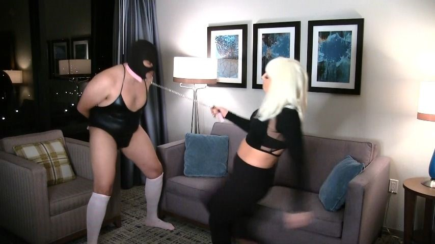 [Full HD] Goddess Lacey Hurting My Sissy Goddess Lacey - ManyVids-00:09:07   Ballbusting,Sissy Training,Whipping - 399,2 MB