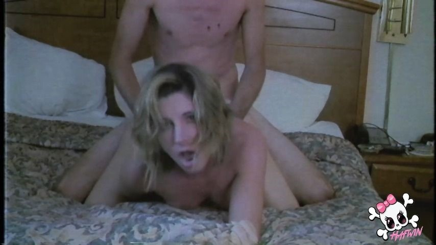 [Full HD] Hafwin Hafwins Throwbacks The Very First Time Hafwin - ManyVids-00:08:51   Small Tits,MILF,Doggystyle,Amateur Couple,Amateur - 278,7 MB