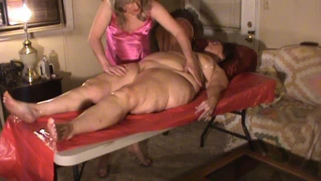 [LQ] Hotlynn Exotic Hot Oil Massage Hotlynn - ManyVids-00:13:47 | Massage, Crossdresser, Lotion/Oil Fetish, BBW, Ass - 98,6 MB