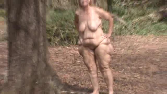 [LQ] Hotlynn Lynn Just Couldnt Wait Hotlynn - ManyVids-00:05:14   Nudity/Naked, Public Outdoor, BBW Ass Worship, Huge Tits, All Natural - 37,5 MB