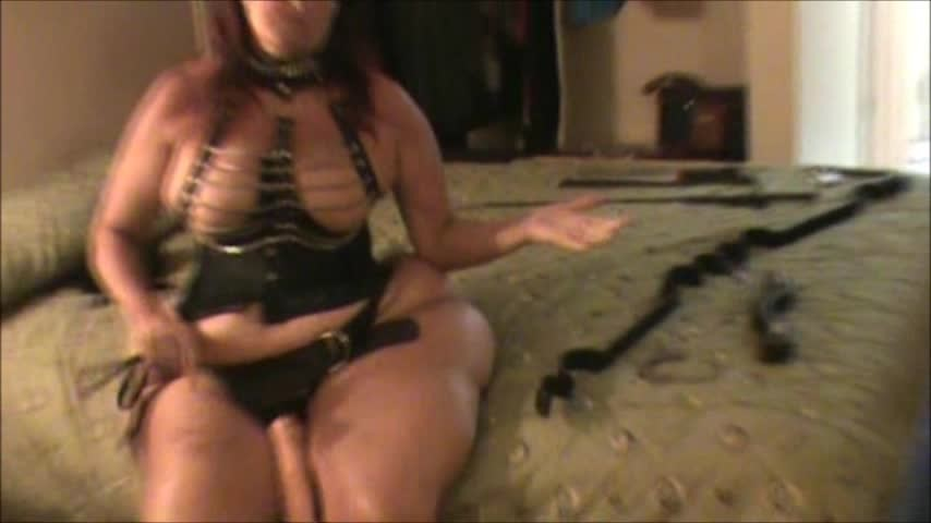 [SD] Hotlynn The Return Of Mistress Lynn Hotlynn - ManyVids-00:14:37 | Mistress, Handcuff And Shackle Fetish, Big Toys, Sissy Training, Crossdresser - 359,4 MB