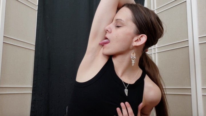 [Full HD] Katy Faery Sniffing Licking My Armpits To Climax Katy Faery - ManyVids-00:08:53 | Armpits,Smell Fetish,Licking,Tongue Fetish,Orgasms - 646,9 MB