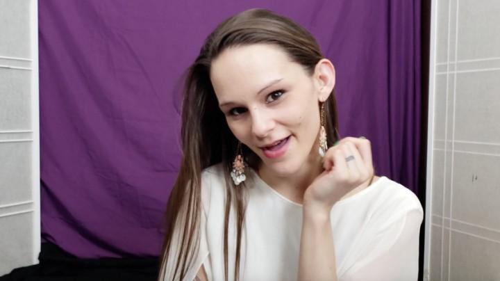 [Full HD] Katy Faery Worship My Goddess Face Katy Faery - ManyVids-00:07:36 | Face Fetish,Mouth Fetish,POV,Tongue Fetish,Brunette - 144 MB