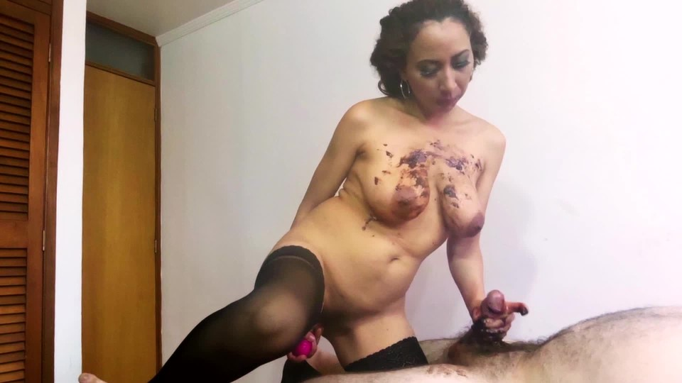 [Full HD] Luciarayne Jacking It While Covered In Chocolate Luciarayne - ManyVids-00:14:44   Big Boobs, Food, Handjobs, Titjobs, Tease &Amp;Amp; Denial - 751,8 MB