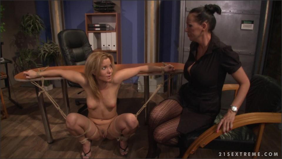 [Full HD] Mandy Bright &Amp; Salome. Office Slut NMandy Bright &Amp; Salome - SiteRip-00:40:10   Fetish, Lesby, Toy, Bondage, BDSM - 2,3 GB