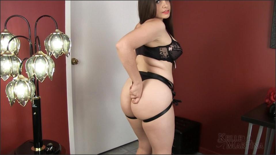 [Full HD] Miss Kelle Martina Sissies Need Fucked 1080P Miss Kelle Martina - ManyVids-00:10:39 | Size - 411,7 MB