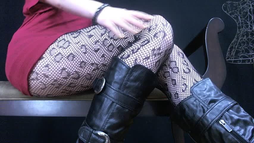 [Full HD] nym fleurette queen nyx jerk it for my legs and feet Nym Fleurette - ManyVids-00:07:27 | 18 & 19 Yrs Old, Jerk Off Instruction, Legs, Feet, Fishnets - 444,2 MB
