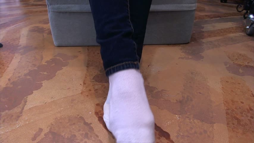 [Full HD] nym fleurette queen nyx sniff my dirty sweaty socks Nym Fleurette - ManyVids-00:05:30   Socks, Sock Smelling, Foot Fetish, Foot Worship, Female Domination - 327,9 MB