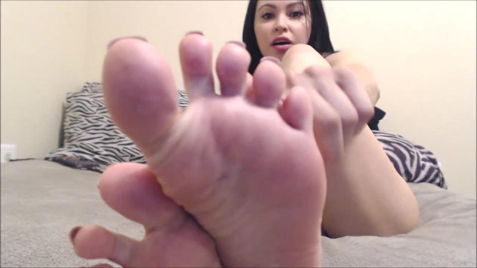 [HD] Princessdi Foot Slave Addict PrincessDi - ManyVids-00:05:34   Foot Domination, Foot Fetish, Foot Slave Training, Foot Worship - 292,3 MB