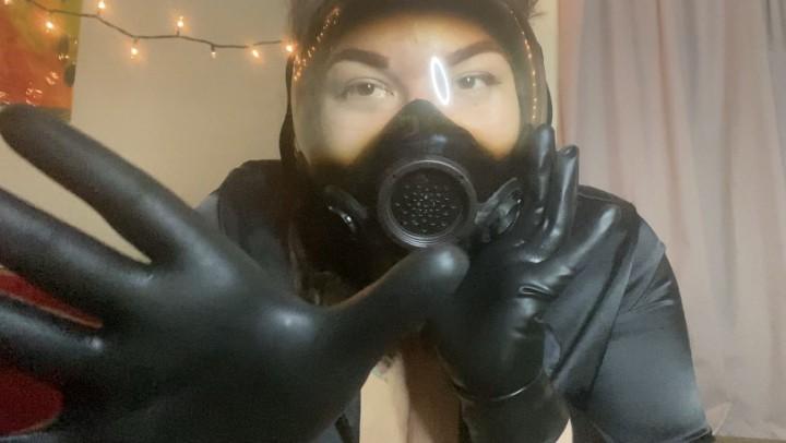 [Full HD] Rubberfoxx Gloved Gasmask Breathplay With You Rubberfoxx - ManyVids-00:06:03 | Breath Control,Breath Play,Femdom,Femdom POV,Gloves - 456,3 MB