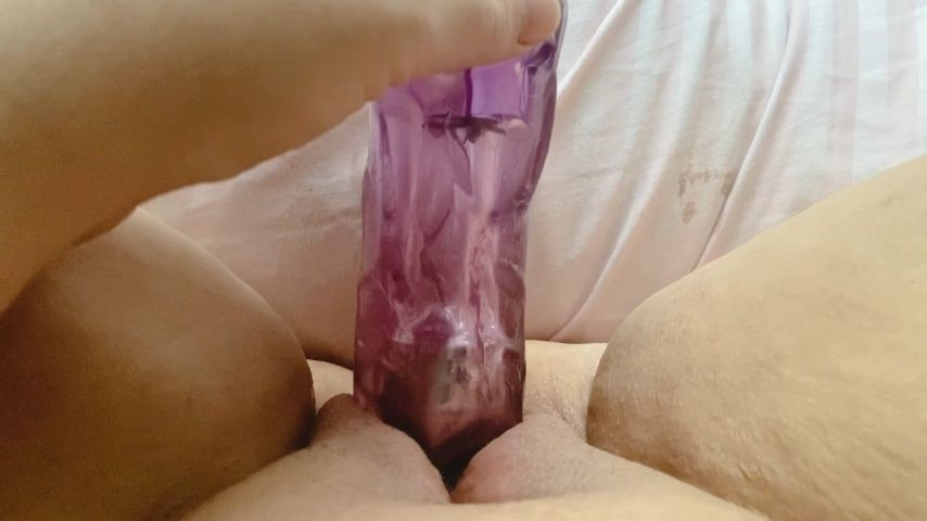 [HD] Rubberfoxx Pink Pussy Pounded Til I Squirt Rubberfoxx - ManyVids-00:03:27 | BBW,Close-Ups,Dildo Fucking,Pussy Play,Solo Female - 82,6 MB
