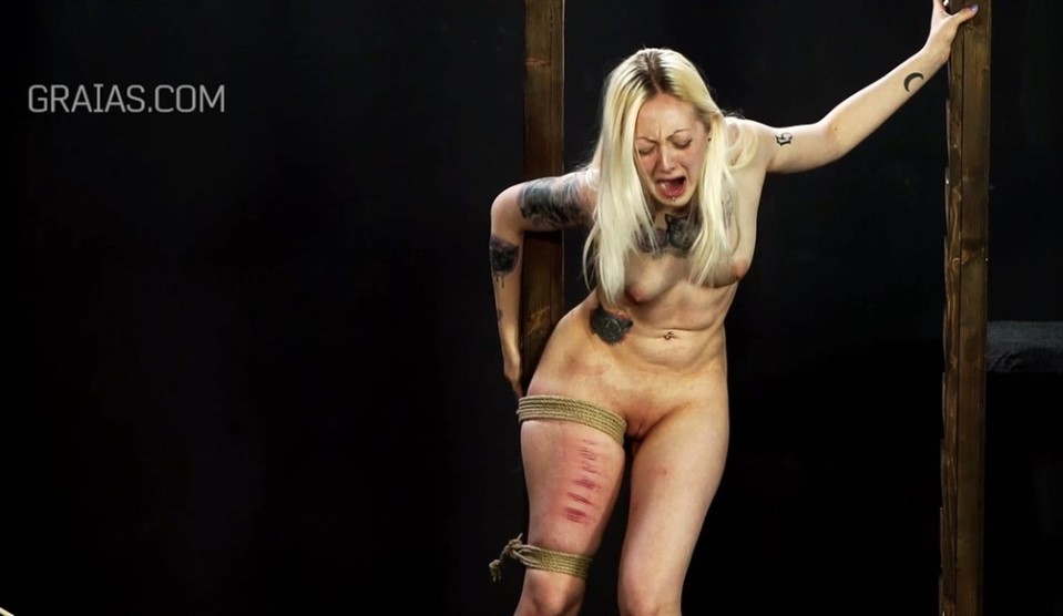 [Full HD] The Terminator, The Groovy And The Faithful Slave Part 4 Mix - Graias-00:41:16 | Humiliation, Torture, Whipping, BDSM, Pain, Cane - 1,3 GB