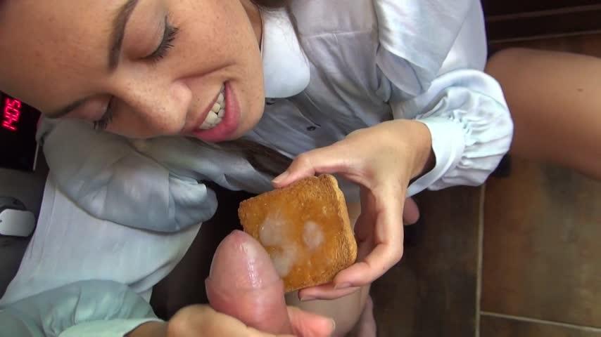 [Full HD] Tiffanydoll Cum Play Cum On My Toast For Breakfast TiffanyDoll - ManyVids-00:07:27   Cum Play, Food, POV, Blow Jobs, Jerking Off - 760,5 MB