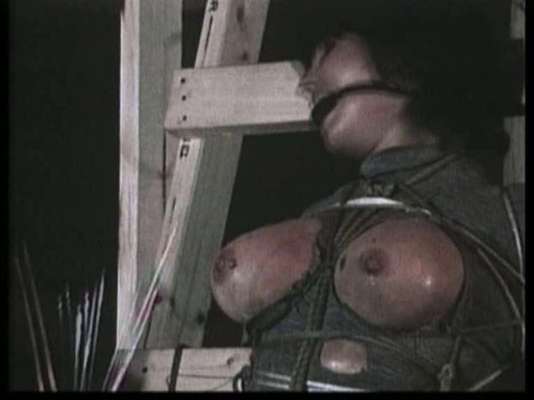 [SD] Violence Classic Series 04 Mix - SiteRip-00:11:03 | Bondage, BDSM, Convulsions, Extreme Shock, Sadism, Bizarre, Torture, Suspense, Bleeding, Pain, Rape - 118,8 MB