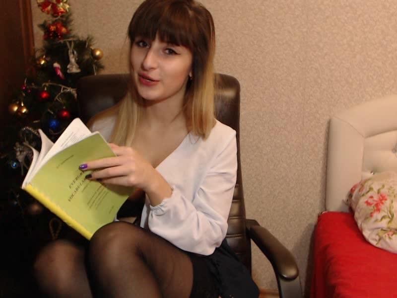 [SD] Xxvaleryxx Give Me A Dood Grade Teacher Xxvaleryxx - ManyVids-00:11:38   School Girl, School Uniform, Stocking, Strip Tease, Striptease - 304,9 MB