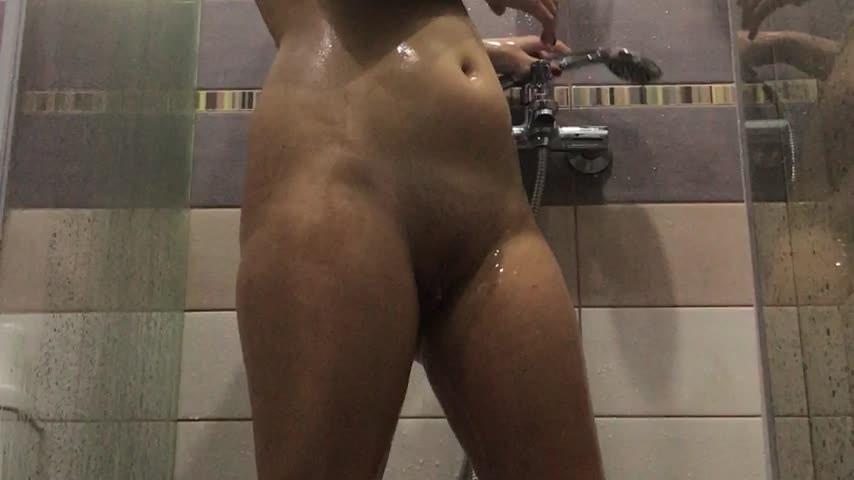 [Full HD] Xxvaleryxx Sexy Hot Showering Xxvaleryxx - ManyVids-00:12:30 | All Natural, Kink, Shower, Shower Scenes, Wet Look - 1,3 GB