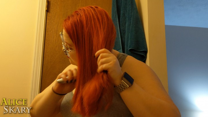 [Full HD] Aliceskary Brushing My Thick Red Hair Joi Redhead AliceSkary - ManyVids-00:02:43 | Jerk Off Instruction,JOI Games,JOI,Redhead,Hair Brush - 288,2 MB