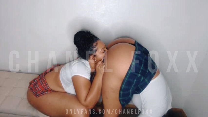 [Full HD] Chanelfoxx Girgirl Sch--Lgirl Roleplay ChanelFoxx - ManyVids-00:20:01 | Dildo Sucking,Girl Girl,Pussy Eating,Role Play,School Girl - 1,1 GB