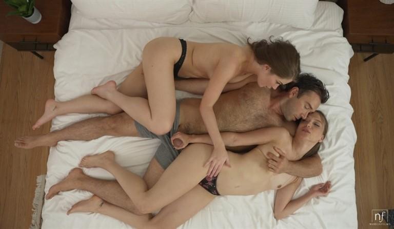 [Full HD] Evelyn Claire, Izzy Lush Erotic Threesome S39E29 Evelyn Claire , Izzy Lush - SiteRip-00:32:00 | Deepthroat, GirlGirlBoy, Blowjob, Big Dick, Brunette, Ball Sucking, Tattoos, Trimmed, Threesome - 1,4 GB
