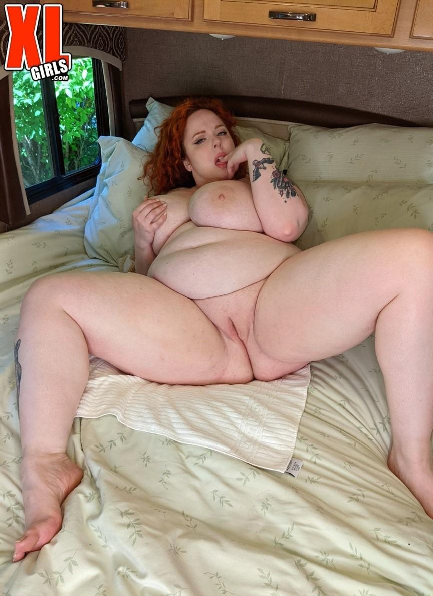 [Full HD] Greta Grindhouse Happy Camper Greta Grindhouse - SiteRip-00:19:50 | Chubby, Redhead, Solo, Big Tits, Curvy, BBW, Big Ass, Masturbation, Voluptuous, Natural Tits - 1,1 GB