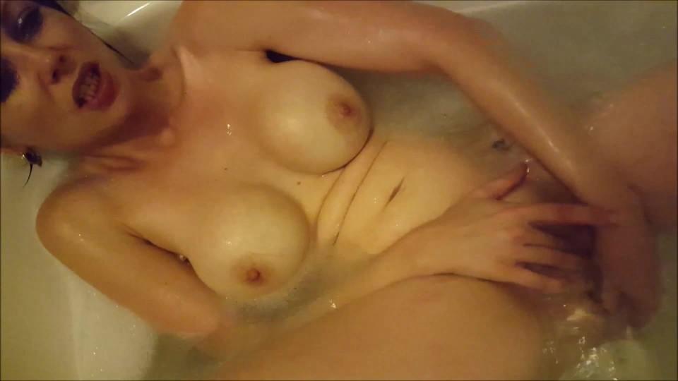 [Full HD] Jade Styles Jades Bathtime Video Jade Styles - ManyVids-00:20:57 | Bathtub Fetish, Brunette, Dildo Fucking, Solo Female, Vibrator - 742,2 MB