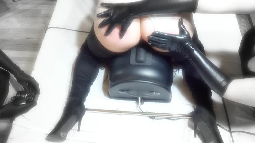 [Full HD] Kit Kendal 2B Nier Physical Fuck Machine Test Kit Kendal - ManyVids-00:09:01 | Cosplay, Fuck Machine, Spanking F/F, Bondage, Ass Spreading - 525,3 MB