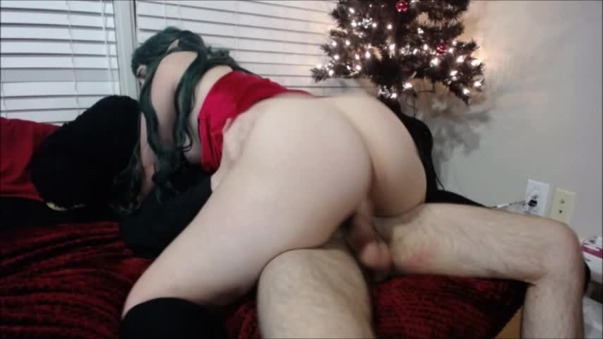 [SD] Kit Kendal Naughty Elf Sucks Rides Kit Kendal - ManyVids-00:11:13 | Cosplay, Christmas, Cowgirl, Boy Girl, Riding - 296,6 MB