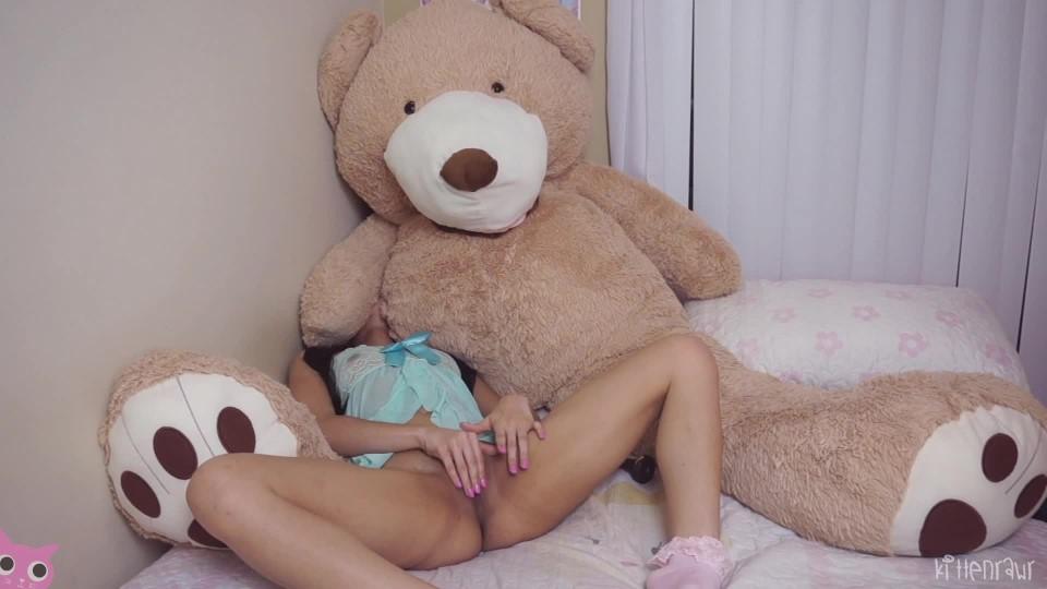 [Full HD] Kittenrawr Over Protective Bear Custom Kittenrawr - ManyVids-00:14:34 | Masturbation, Orgasms, Petite, Softcore - 781,8 MB