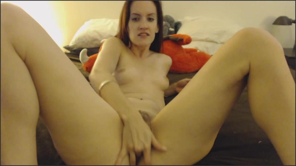[HD] Kitty Darlingg Fingering And Joi Kitty Darlingg - ManyVids-00:10:46 | Fingering, Hairy Bush, JOI - 735,6 MB