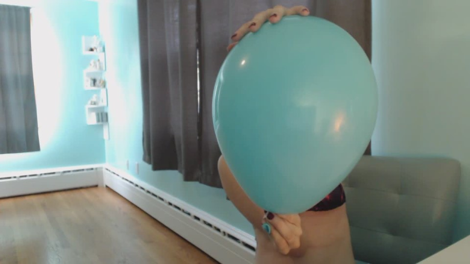 [HD] Kitty Darlingg Firstever B2P Kitty Darlingg - ManyVids-00:08:53 | Balloons, Balloons B2P, Bikini, Amateur - 197,7 MB