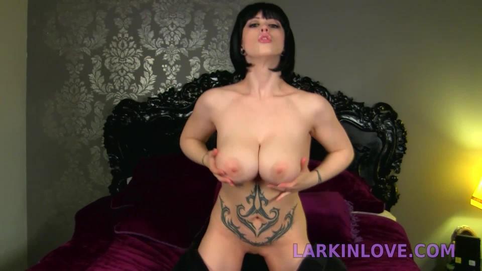 [Full HD] Larkin Love Jiggling G Cup Je Larkin Love - ManyVids-00:11:40 | Boob Bouncing, Bouncing Boobs, Jerking Off, JOI, Masturbation Instruction - 398,5 MB