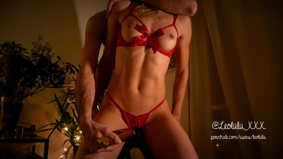 [Full HD] Leolulu Christmas Part 1 Teasing And Cumming Leolulu_XXX - ManyVids-00:05:55 | Christmas, Teens, Hitachi, Strip Tease, Fitness - 98,3 MB