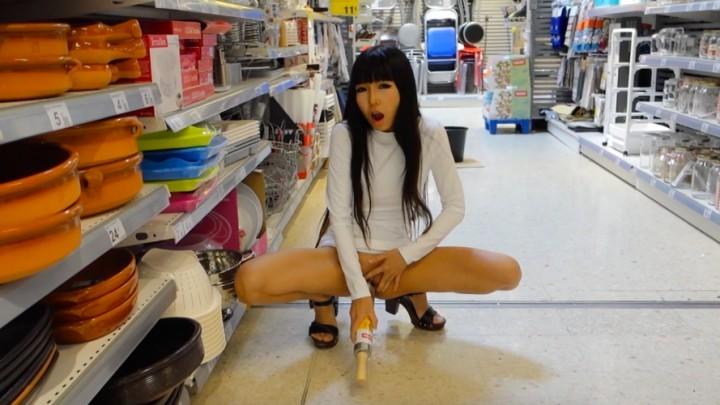 [Full HD] Littlesubgirl Fucks Rolling Pin Spoonsbottle Ampsquirt Littlesubgirl - ManyVids-00:14:17 | Public Flashing, Public Nudity, Public Outdoor, Squirting, Wet &Amp;Amp; Messy - 1,5 GB