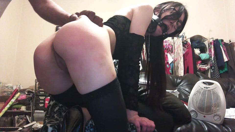[Full HD] Liz Lovejoy Hoe Punished By Mean Pimp Interracial Liz Lovejoy - ManyVids-00:03:35   Ballgagged, Interracial, Role Play, Spanking M/F, Submissive Sluts - 466,5 MB