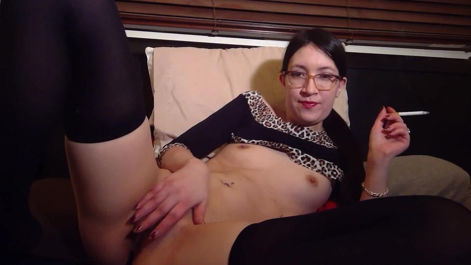 [Full HD] Liz Lovejoy Hot Asian Cums Amp Smokes Smoking Smoking Liz Lovejoy - ManyVids-00:07:55 | Cigar Fetish, Fetish, Lip Fetish, Smoking, Solo Female - 402,3 MB